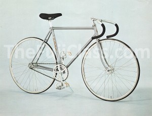 Fuji Track Racer Model TF Sprint Vintage cut-sheet photo